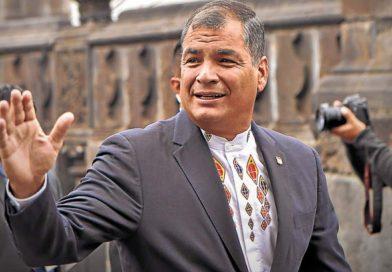 Rafael Correa se despide de PAIS