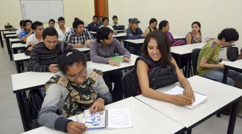 Estudiantes-universidad-ecuador